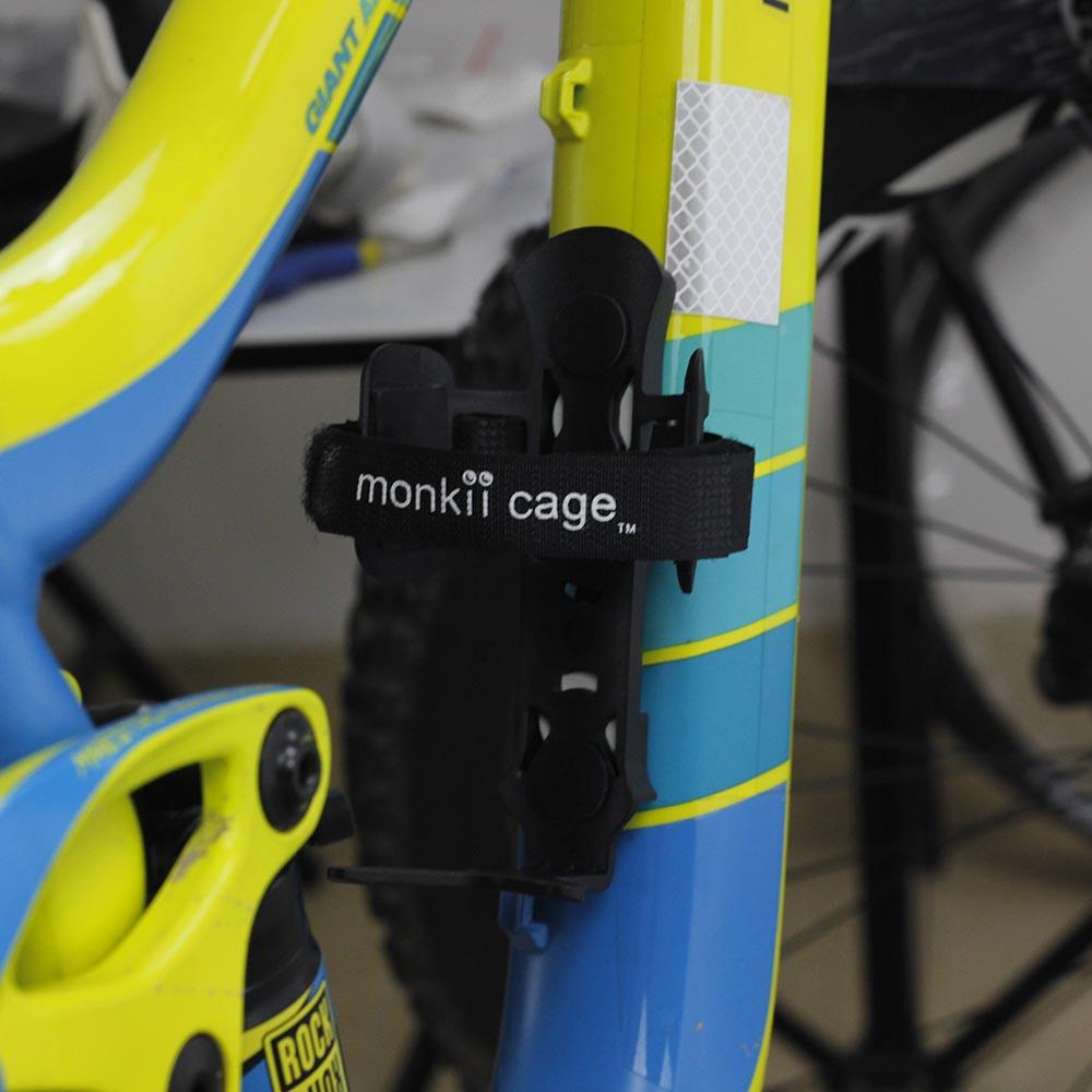 Carbon Fiber Road MTB Bicycle Cycling Water Drink Bottle Holder Rack Cage Striki