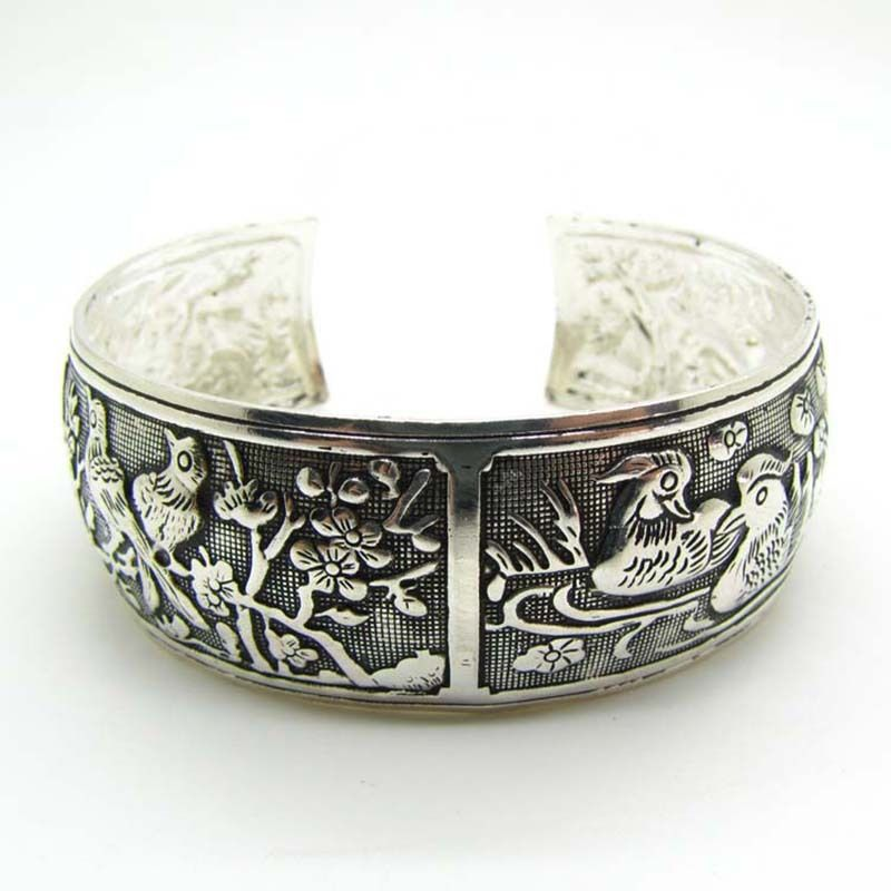 Creative New Women Vintage Bracelets Wide Bird Flower Printing Tibet Silver Plated Totem Cuff Bracelets Bangles