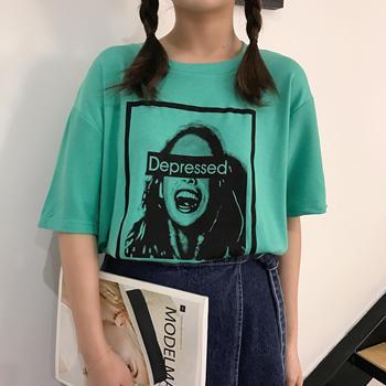 2017 シンプルな新鮮なグリーン文字プリントカジュアルルーズ半袖女性 Tシャツ