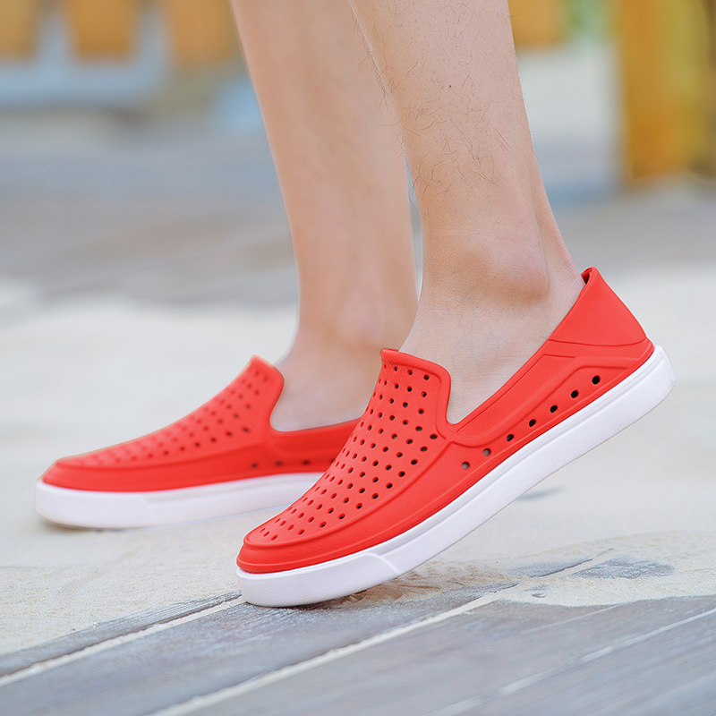 2017 Fashion Lovers Hole Shoe Men Fashion Jefferson Shoes Sandals Brand  Flat Casual Summer Shoes superstar shoes size 39 45-in Men s Sandals from  Shoes on ... d1593303cd02