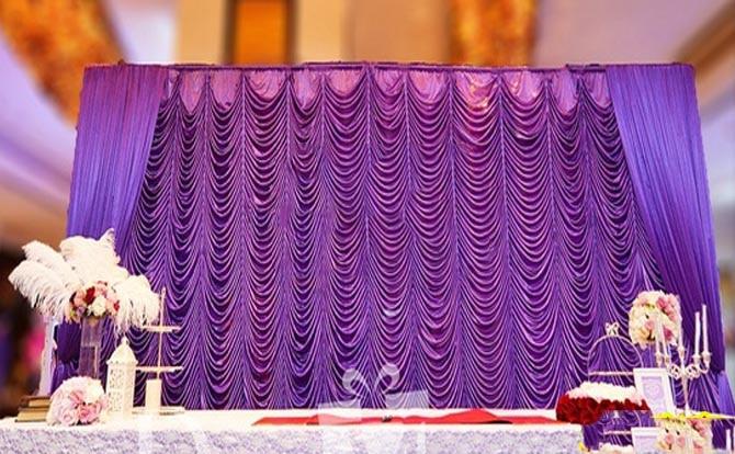 Toile de fond de mariage ondulation pourpre rideaux rideau 10ft * 20ft en gros tissu de mariage toile de fond banquet scène décorations
