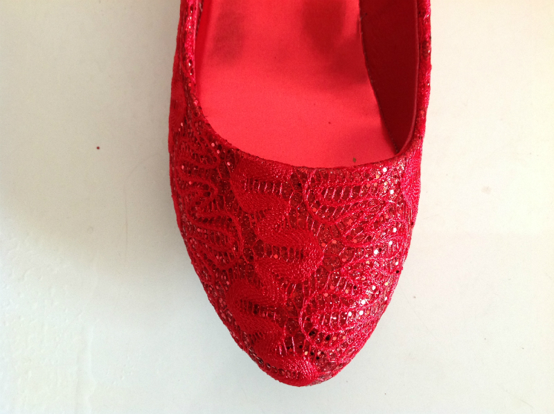 nant women Lace Wedding Toast the bride dress shoes red shoes shoes 42  yards back marriage shoes wholesale manufacturers-in Women s Flats from  Shoes on ... 90c47a9febdc