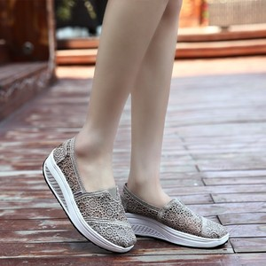 Image 5 - 2019 Summer Ladies Platform Shoes Hollow Lace Shallow Flat Shoes Women Black Sneakers Walking Swing Shoes Breathable Fashion