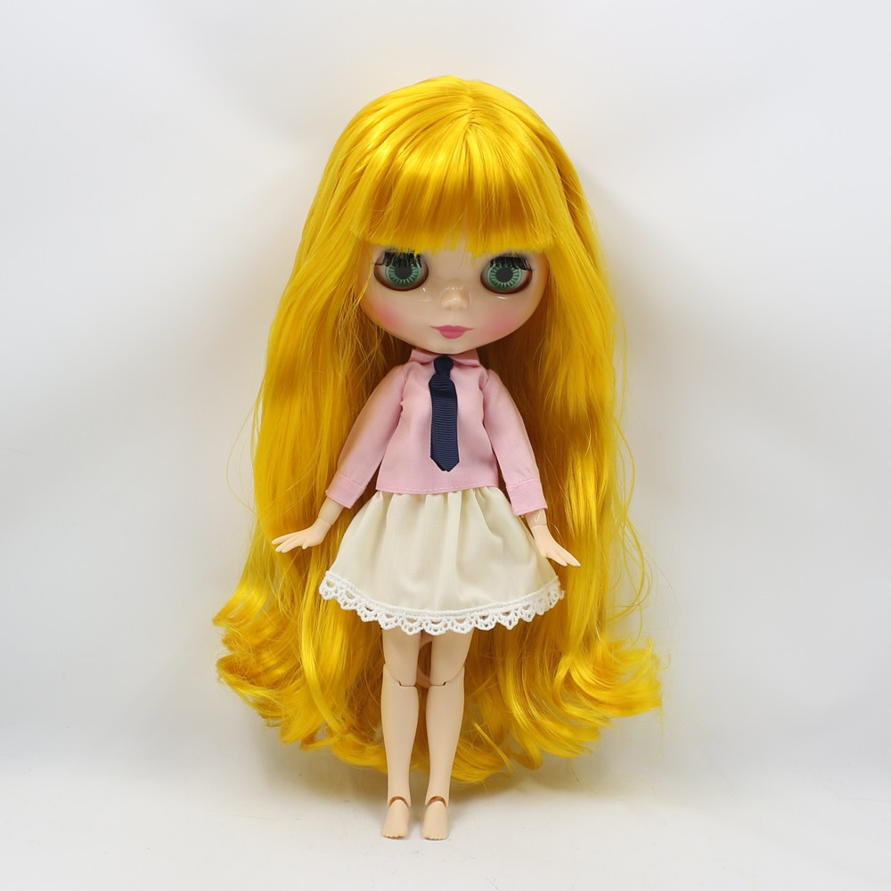 Neo Blythe Doll with Yellow Hair, White Skin, Shiny Face & Jointed Body 2