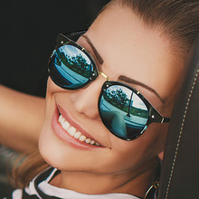 LEONLION 2019 Vintage Metal Rice Nail Sunglasses Women Retro Round Mirror Sun Glasses Fashion Luxury Brand Small Face