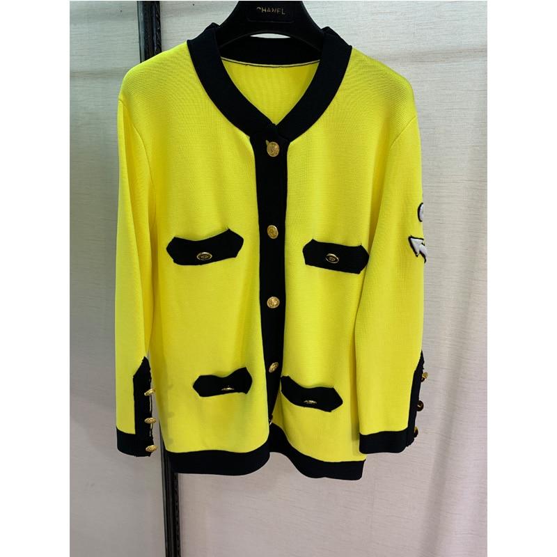 ラウンド首輪、刺繍文字、イエローコート、カジュアル女性の少女 'coats 、若いもの。  グループ上の レディース衣服 からの ベーシックジャケット の中 1