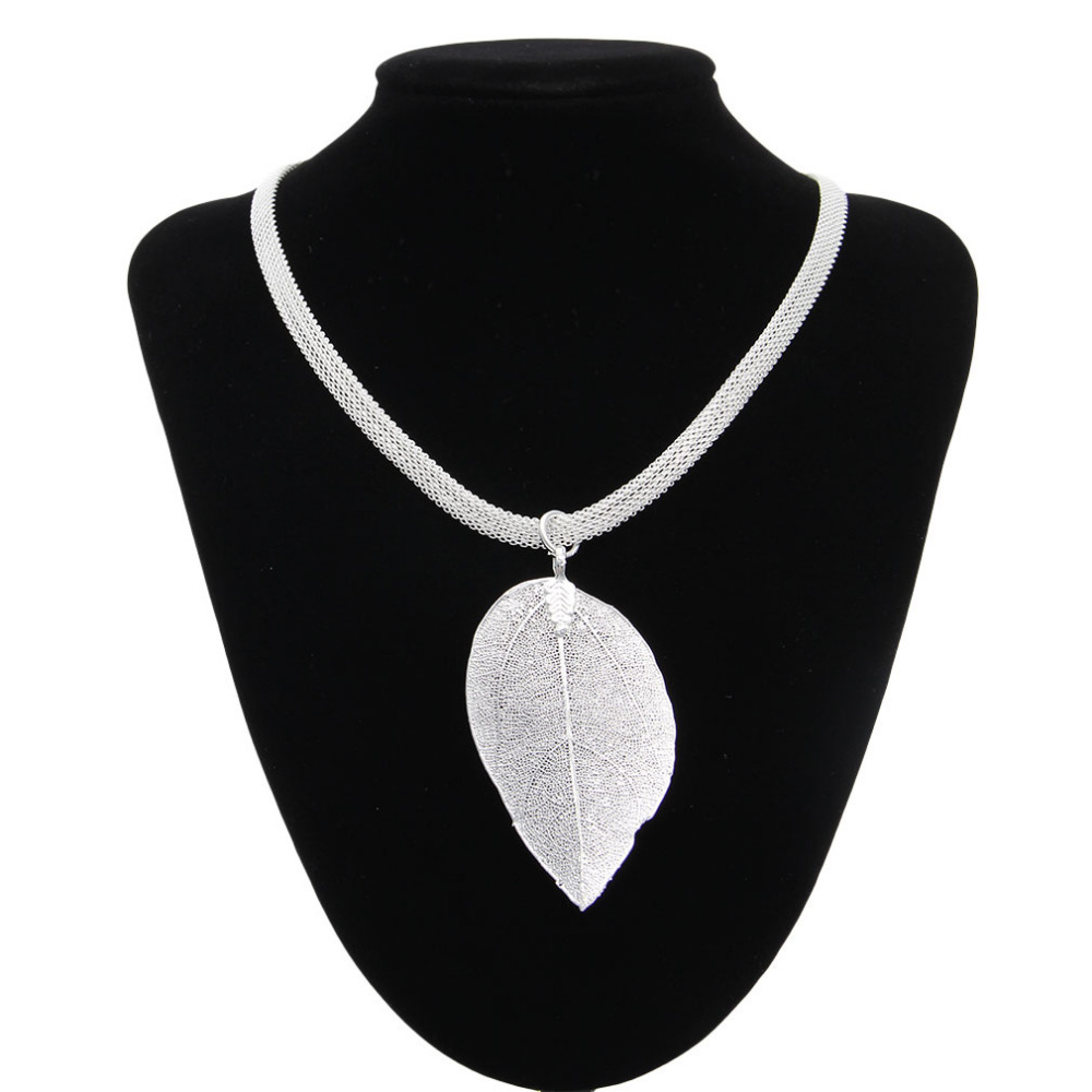 High Quality Women 925 Sterling Silver Jewelry Necklace Natural Leaf Shape Pendants Ladies Silver Necklaces Gift Free Shipping