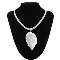 High Quality Women Sterling Silver Jewelry Necklace Natural Leaf Shape Pendants Ladies 925 Sterling Silver Necklaces