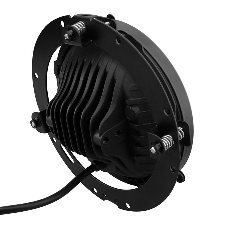 7 inch Motorcycle Daymaker LED Headlight with 4.5 inch Matching Chrome Passing Lamps for Harley Davidson with Mounting Bracket