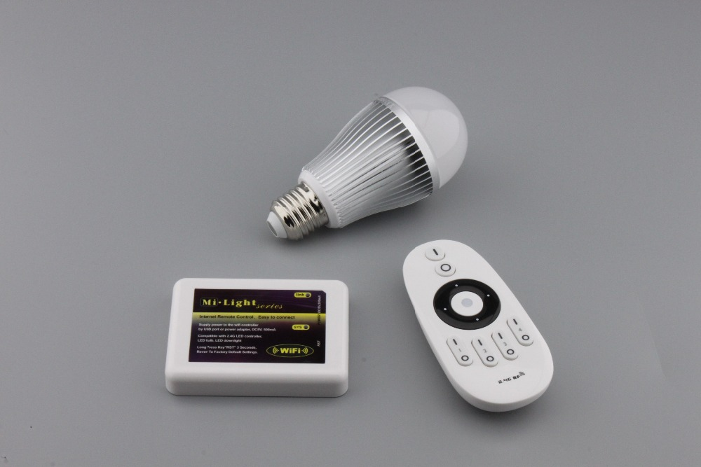 led bulb e27 85-265V 2.4G 9W led light bulb led Smart Bulb Lamp+Dimmable Remote Control+WIFI controller box for living room new rf 315 e27 led lamp base bulb holder e27 screw timer switch remote control light lamp bulb holder for smart home