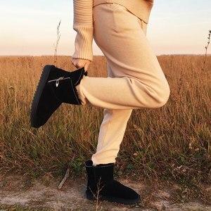 Image 1 - Gogc 100% Wol Echt Leer Winter Laarzen Vrouwen Warme Winter Laarzen Met Bont Voor Dames Ontwerp Enkellaars Voor Vrouwen g9838