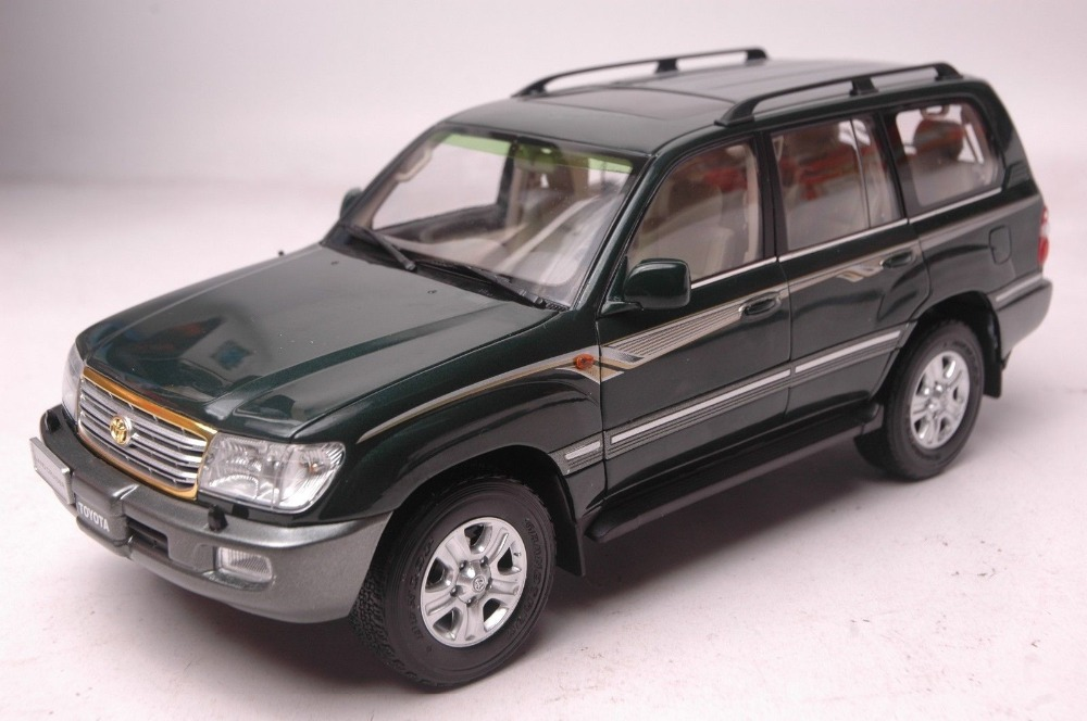 1:18 Diecast Model for Toyota Land Cruiser 100 LC100 4700 Green SUV Alloy Toy Car Collection Gifts hot white 2012 1 18 new toyota land cruiser lc200 diecast model cars jeep suv