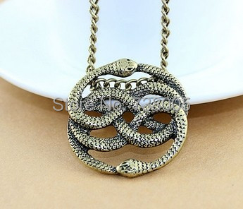 (1pcs for free shipping)Hot sale The Never Ending Story Steampunk vintage jewelry vivid two snakes pendant necklace Wholesale !