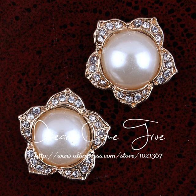 50pcs lot 20MM 2Colors Decorative Bling Metal Flatback Buttons For Wedding  Mini Full Pearl Rhinestone fd3b046cab0e