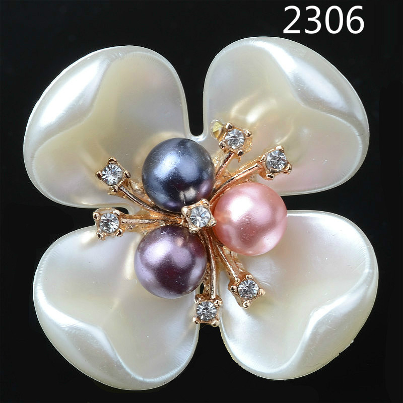 20pcs/lot Korean version of the shell four-leaf clover flower flowers imitation shell pearl flower hair accessories diy accessor
