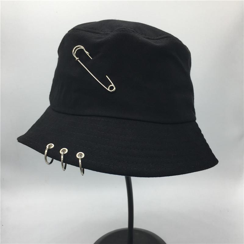 Vendita caldo 2017 BTS Modo K POP Anello di Ferro Secchio Cappelli berretto  stile popolare 100% anelli fatti a mano in Vendita caldo 2017 BTS Modo K  POP ... 3eb746bc658f