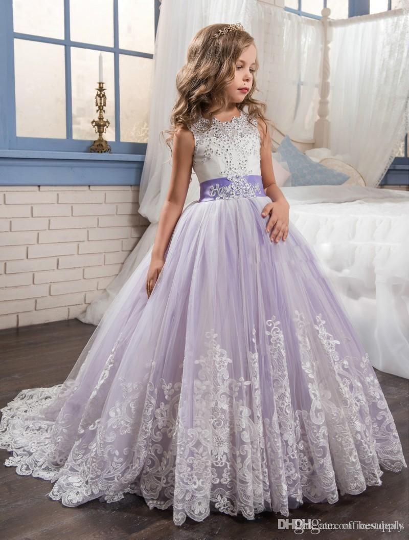 Beaded Lace Appliqued Bows Pageant Gowns for Kids Wedding Party gown 2018 Beautiful Purple and White   Flower     Girls     Dresses
