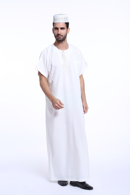 4 Colors Cotton blended thobe muslim clothing for men The Middle East Arab men's thobe men islamic robes Embroidery