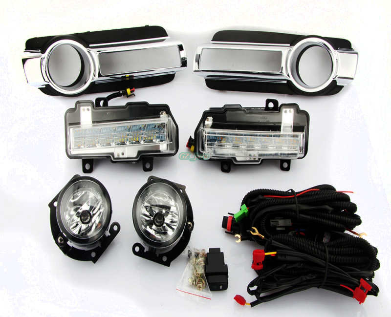 Daytime Running Driving Light DRL Fog Lamp With Turn Signal Function Fog Light Assembly For Mitsubishi Pajero Montero 2015 DRL 2 pcs drl led day daytime running light fog lamp with turn signal function fit for vw volkswagen cc new auto accessory