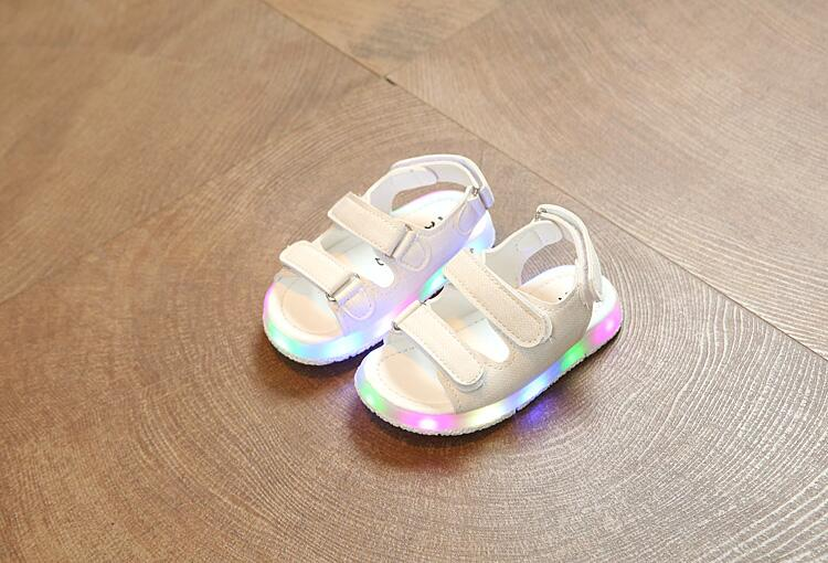 Boys Sandals With Light New Summer Soft Led Baby Girls Shoes Kids Fashion Beach Sandals For Boys Kids Sandals