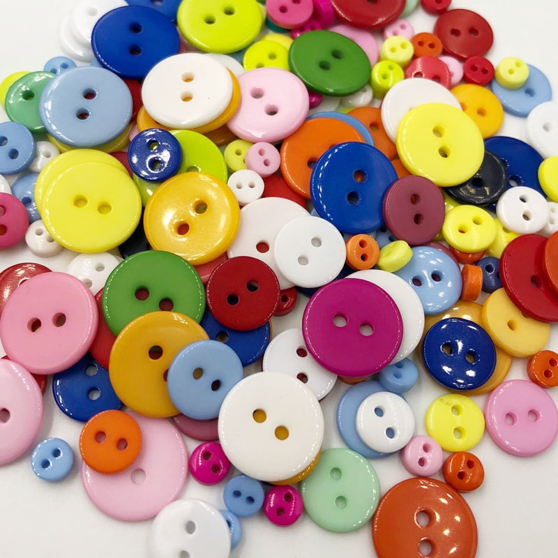 La petite sewing buttons, female with both organs porno