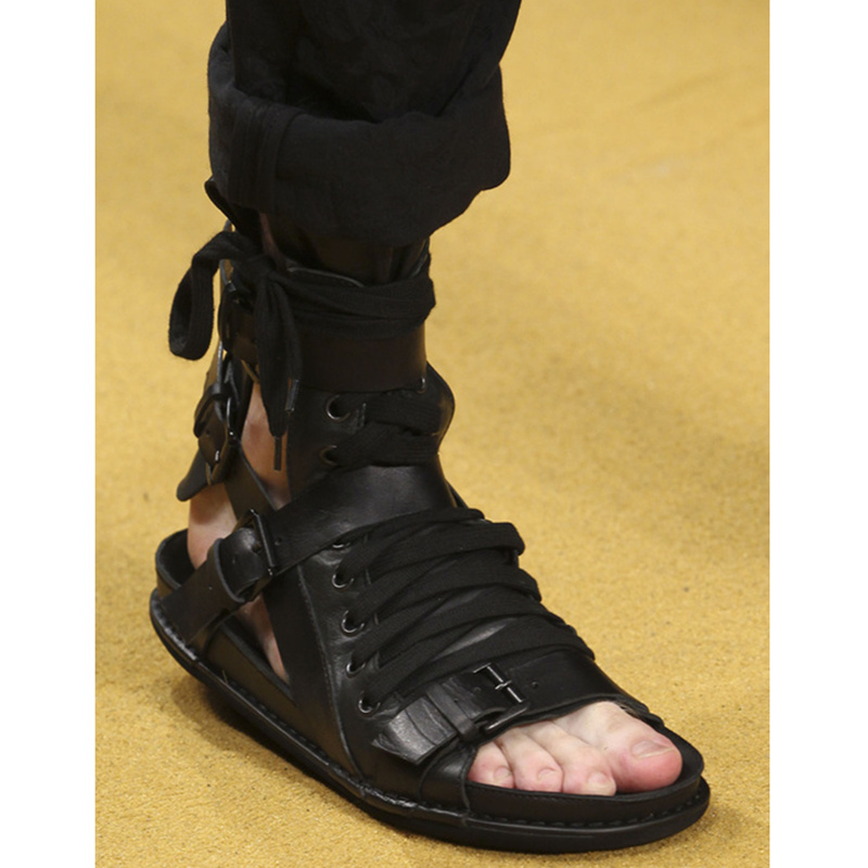Черный Цвет Мужская обувь кожа Пряжка Дизайн Лето Для мужчин Гладиатор удобные ботинки с открытым носком мужские сандалии Для мужчин Туфли
