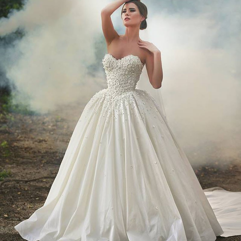 Bridal Dress Silk Taffeta Court Train Sweetheart Appliques
