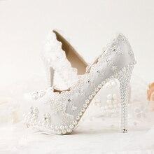 รองเท้าเจ้าสาวสีขาวลูกไม้ดอกไม้rhinestoneส้นเท้าบางตื้นปากรองเท้าแต่งงานรองเท้าผู้หญิงปั๊ม