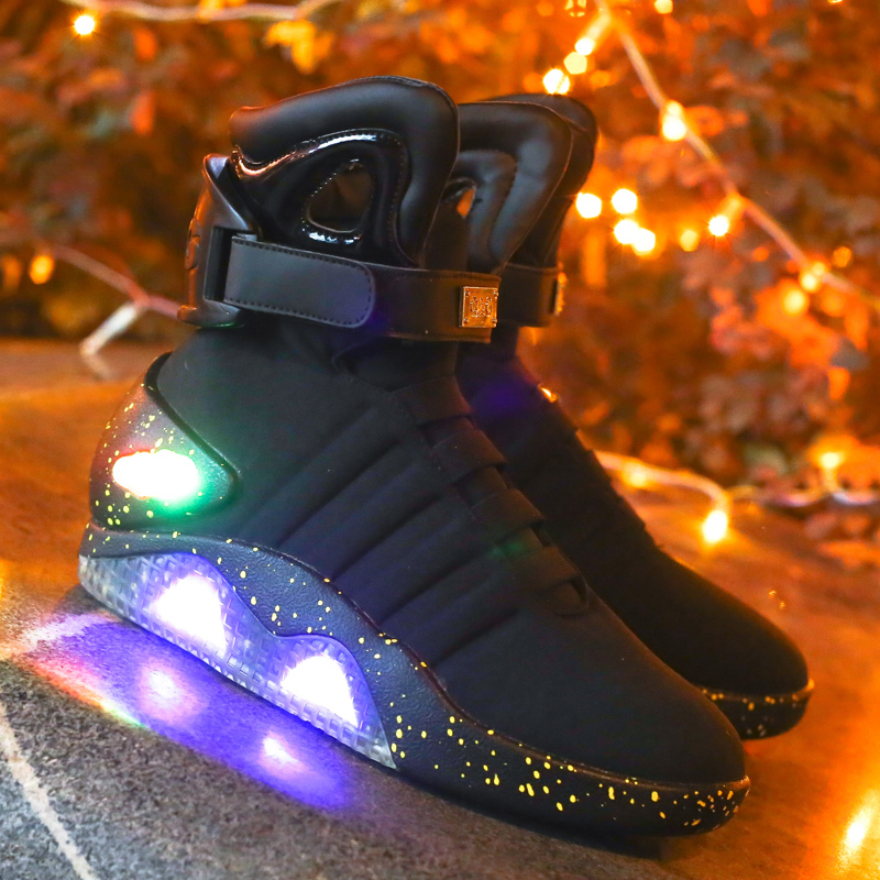 Future world soldiers Men basketball shoes Limited Edition Led Luminous Light Up Hight Top boots USB Charge Walking 45 46
