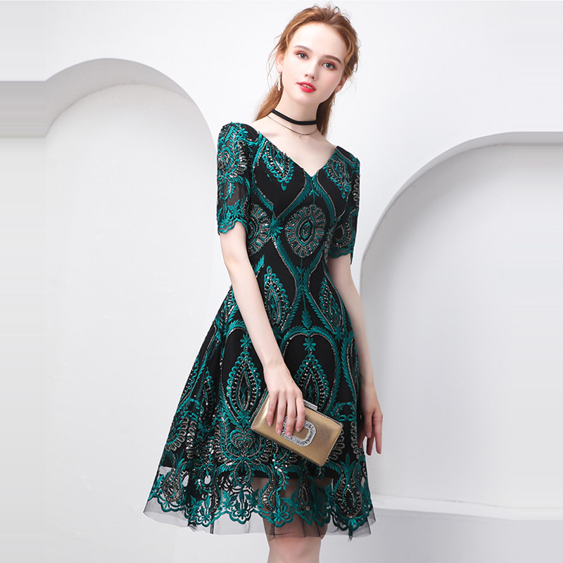 Beauty Emily Green Cocktail Dress Summer V-Neck Short Sleeve Bling Sequined Women Party Fashion Designer Short Cocktail Gowns