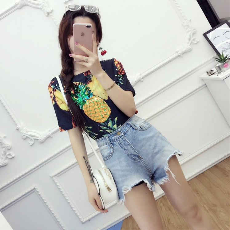 HTB1g.LwQVXXXXamaXXXq6xXFXXXK - Top Hot Sequined Print Pineapple Women t shirt Short Sleeve