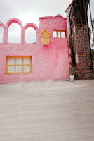 200cm 150cm 6 5ft 5ft Pink Fence Wooden Window Iron Door Castle Villa Backdrops Photography Background