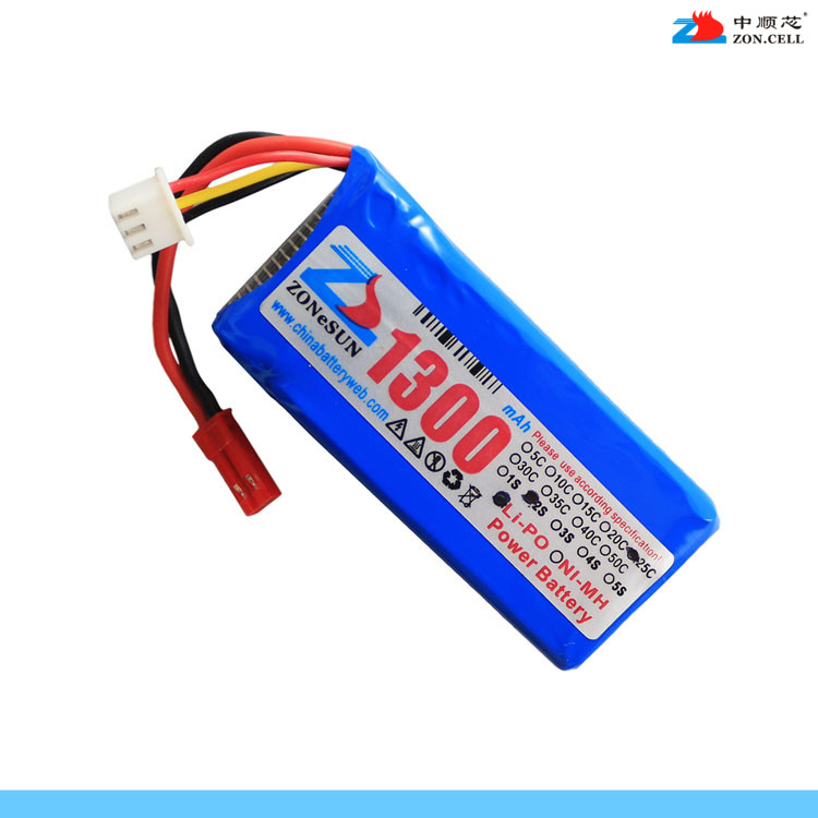 In the core of 803060 1300mAh Mika Hin X101 7.4V UAV dynamic polymer lithium battery Rechargeable Li-ion Cell brown 3 7v lithium polymer battery 7565121 charging treasure mobile power charging core 8000 ma rechargeable li ion cell