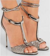 Стильный Т-образный пряжки лодыжки высокой пятки сандалии женщин открытым носком Crocodile кожа металл пятки сандалии металлические украшения тонкие каблук насосы