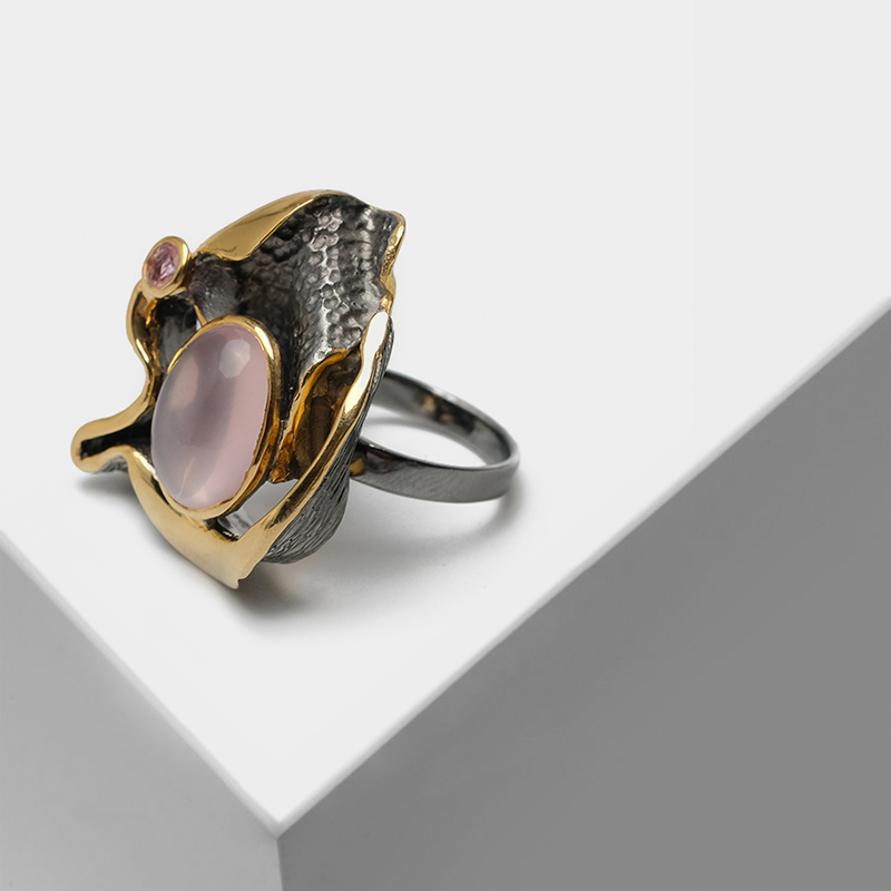Vintage 925 Silver plated with 22k gold Exaggerated irregular asymmetry design inlaid semi-precious stone rose quartz RingsVintage 925 Silver plated with 22k gold Exaggerated irregular asymmetry design inlaid semi-precious stone rose quartz Rings