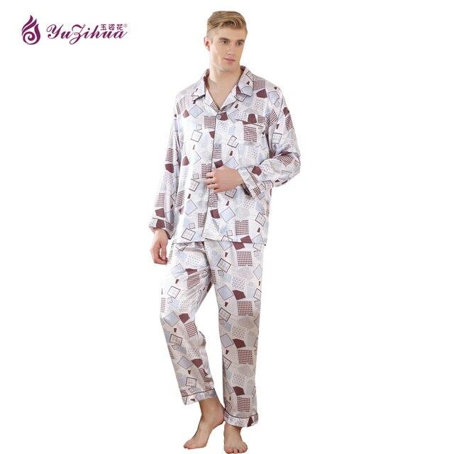 Pyjama mit sexy Füßen
