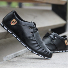 Men Driving Shoes 2019 New Brand Summer Soft Moccasins Men Loafers Shoes Men Flats Casual Shoes Outdoor Walking Sneakers