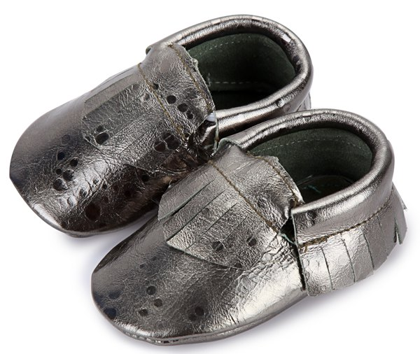 free ship Baby Girl Shiny fringe bow moccs infant boy silver brown cooper  green bow moccasins soft leather shoes 0 2years-in First Walkers from Mother  ... 09891406decc