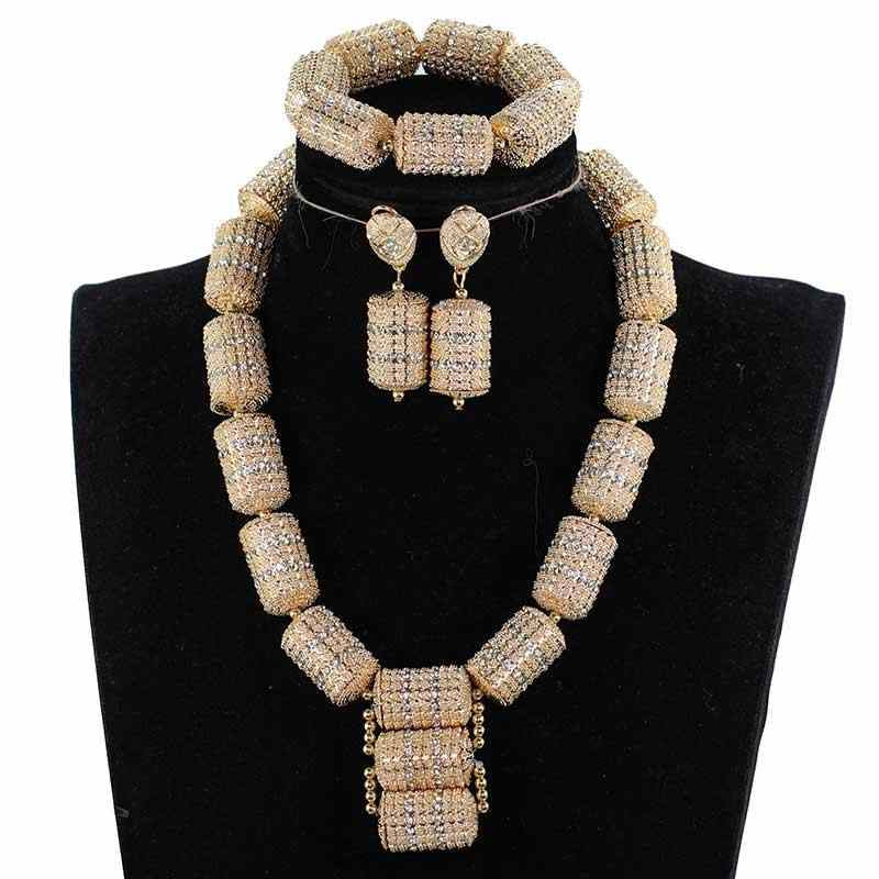 Set di Gioielli D'oro Dubai per Le Donne 2018 Dono Nuziale Nigeriano Wedding Beads Africani Jewelry Set Collana Del Pendente Chunky WE200