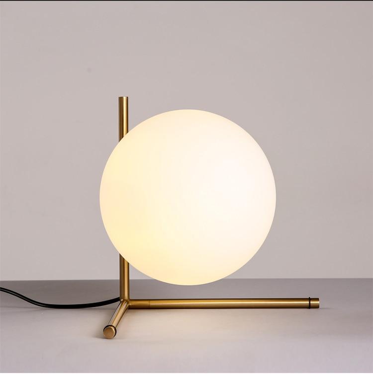 Бесплатная доставка креативный дизайн золотой шар форма настольная лампа
