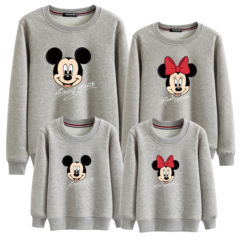 все цены на Family Clothes Mother Father Kids Autumn Long Sleeve Hoodie Sweatshirt Minnie Mickey Mous Cartoon Printed Cotton Warm Pullover
