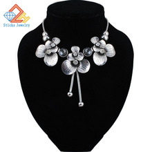 Women Necklace Alloy Statement Necklaces Pendants Vintage Jewelry Flower