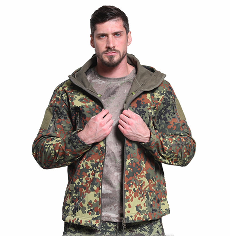 German Camouflage Shark Skin Softshell Outdoor Assault Jacket Clothing Camouflage Hooded Hunting Jacket Mountaineering Clothing