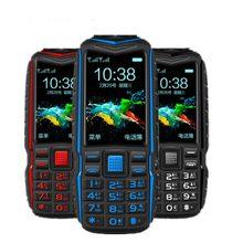 저렴한 미니 보조베터리 전화 KUH T3 큰 음성 야외 Shockproof 휴대 전화 2.4 인치 듀얼 손전등 빠른 다이얼 견고한 핸드폰