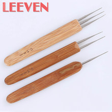 Leeven 3pcs Crochet Hook 0.5mm Crochet Needles For Crochet Hair Sewing Wooden Handle Metal Head Dreadlock Braids Weaving Tools(China)