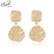 цены на Badu Golden Zinc Alloy Dangle Earring Geometric Women Punk Earrings Fashion Jewelry Wholesale Dropshipping  в интернет-магазинах