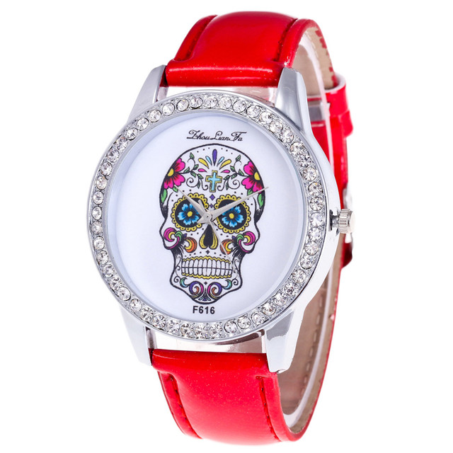 2018 Women Watches Bracelet watch luxury brand ladies Skull Pattern Fashion Leat