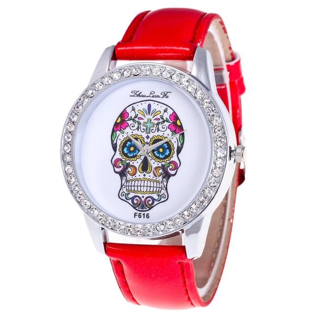 2018 Women Watches Bracelet watch luxury brand ladies Skull Pattern Fashion Leat