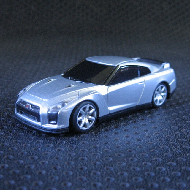 Kyo Sho OEM Nissan Skyline GTR R 35 1:64 Alloy Car Fast U0026