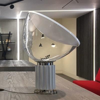 Grande petite lampe de table TACCIA éclairage moderne lumière discount joao taccia style design verre salon musée bureau hôtel